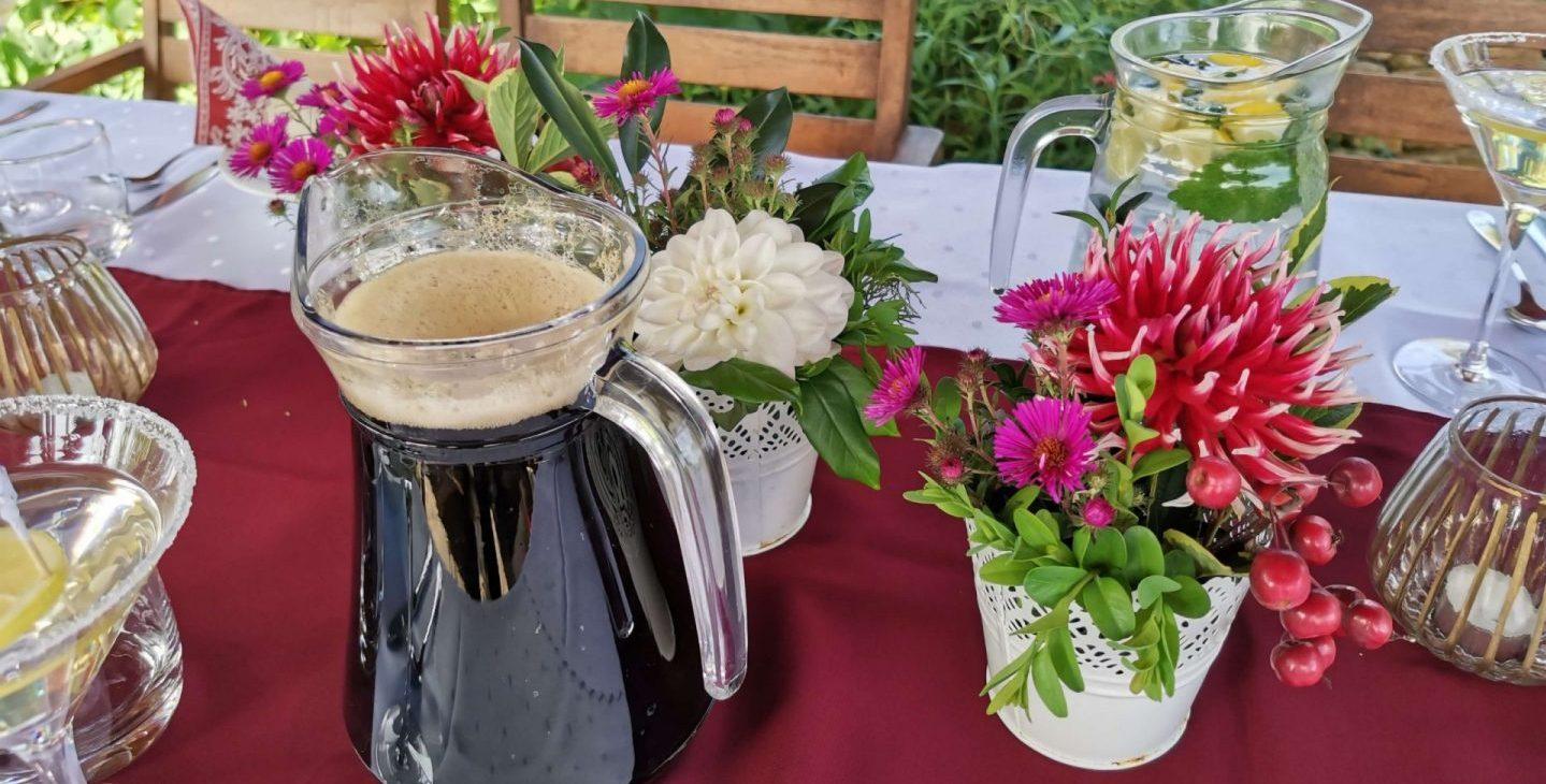 Prestretý stôl Motel Orgován