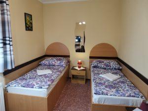izba ÄŤĂslo 4 postele